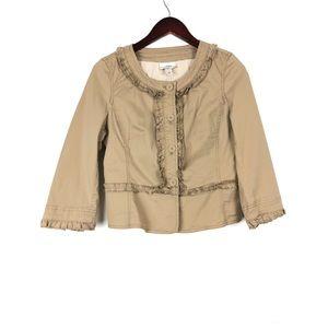 🔸Ann Taylor LOFT Beige Crop Ruffled Jacket